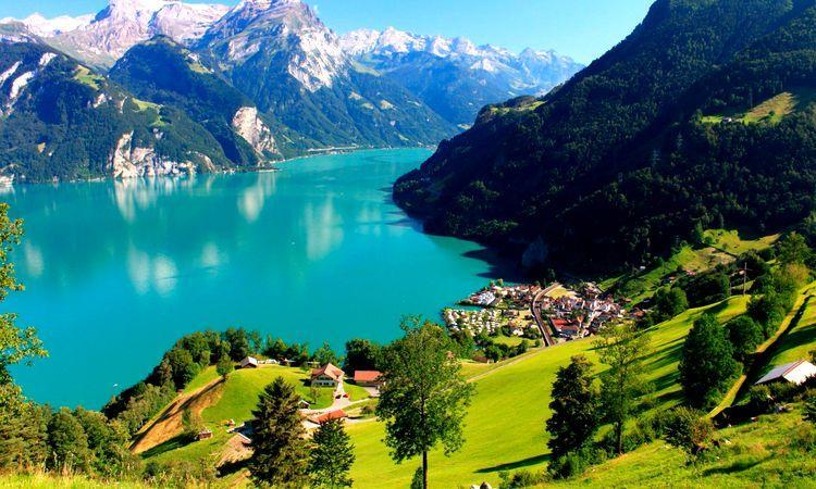 озеро в Швейцарии