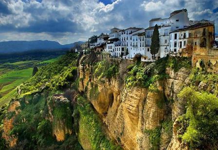 знакомство туристов в испании